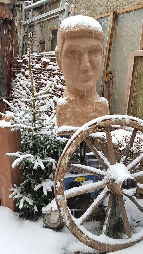 Winterimpression mit Steinkopf